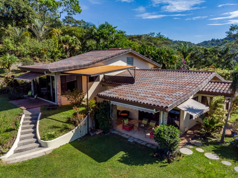 Remax real estate, Costa Rica, Puriscal, COUNTRY ELEGANCE IN PURISCAL
