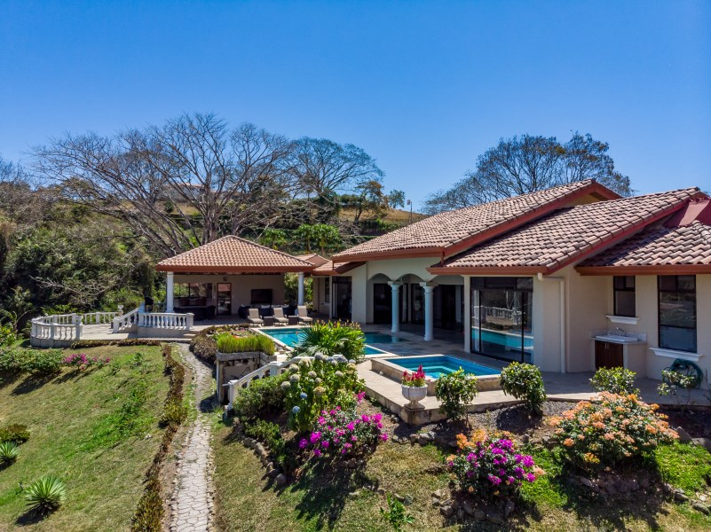 Remax real estate, Costa Rica, Atenas, VILLA EN EL CIELO IN ATENAS
