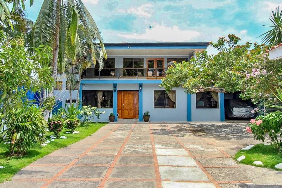 Remax real estate, Costa Rica, Puntarenas, Beautiful House at the Beach in El Roble Puntarenas