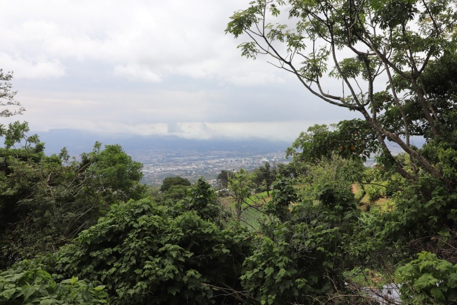 Remax real estate, Costa Rica, Escazú, Amazing Lot for Sale in Escazu Mountain. The B.Hills of Costa Rica.