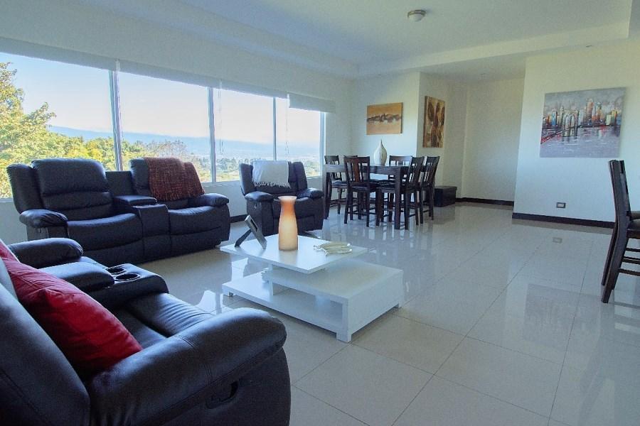 Remax real estate, Costa Rica, Escazú, Furnished apartment in San antonio de Escazu. Stunning views!!