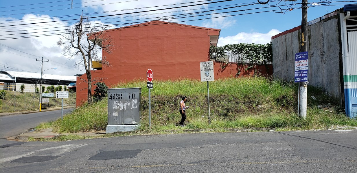 Remax real estate, Costa Rica, San Rafael de Heredia, Commercial Lot for Sale. San Rafael de Heredia.