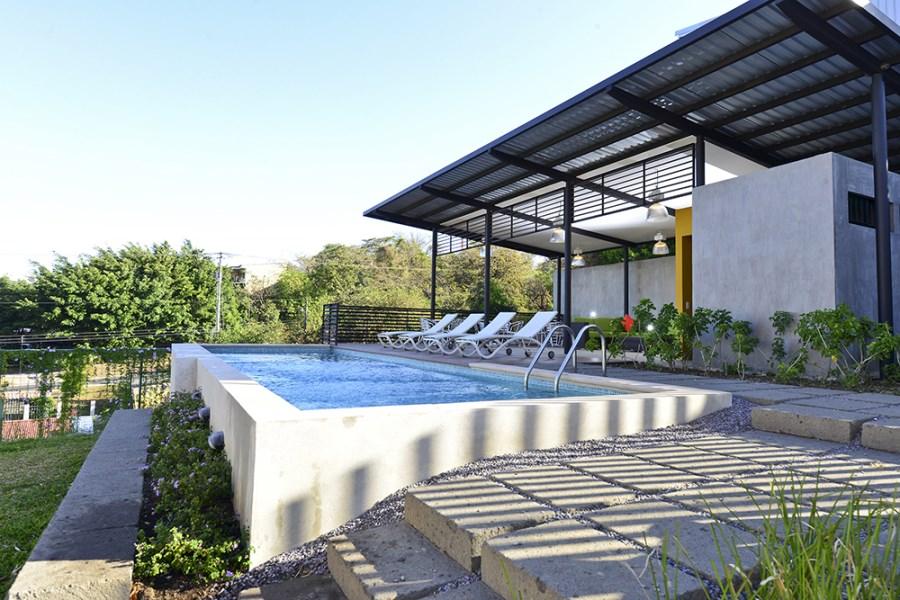 Remax real estate, Costa Rica, Santa Ana, Moderno  loft en venta en Brasil de Mora. ** Tambien disponible para ALQUILER** NEW PRICE!!!