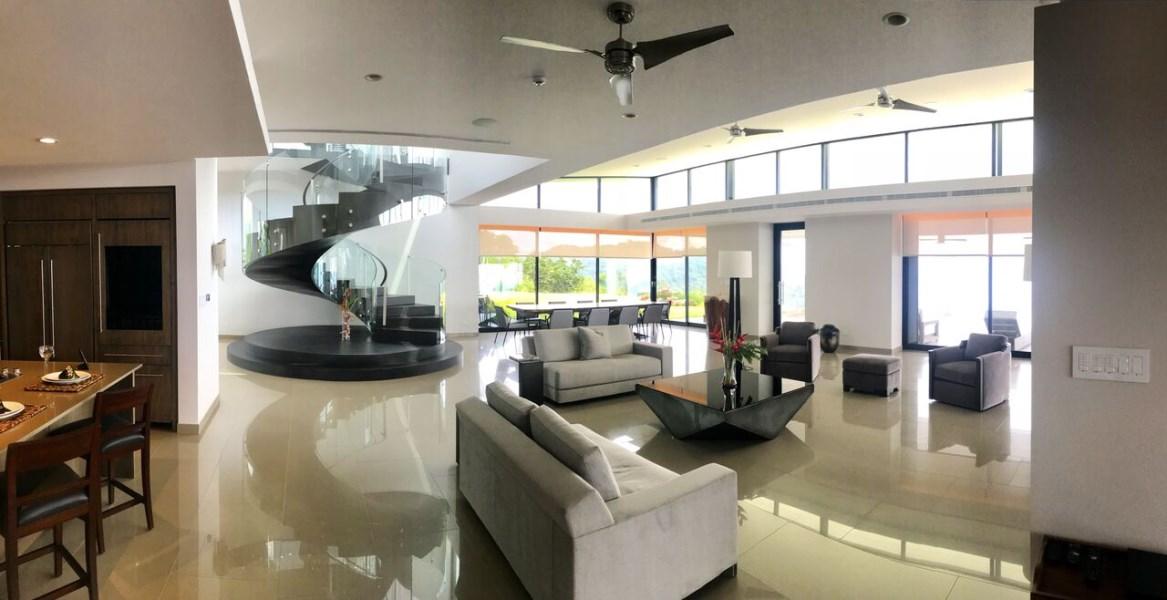 Remax real estate, Costa Rica, Uvita, Chateau Montage