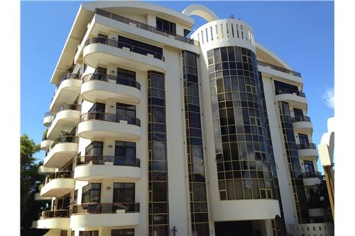 Remax real estate, Costa Rica, Escazú - San Rafael de Escazú, 6th floor Riverside Condominum OPPORTUNITY with GREAT VIEWS