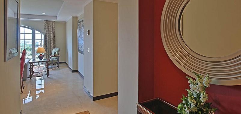 Remax real estate, Costa Rica, Escazú, Excellent Three Bedroom Condominium For Rent