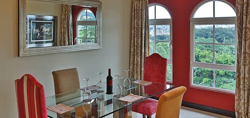 Remax real estate, Costa Rica, Escazú, Beautiful Condominium  For Rent