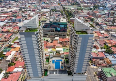 Remax real estate, Costa Rica, San Jose, Exquisite Penthouse in the Heart of Paseo Colon for Rent