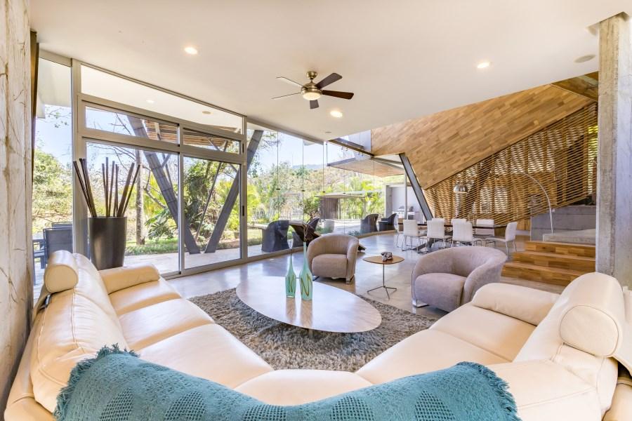 Remax real estate, Costa Rica, Santa Ana, Modern Bliss in Santa Ana