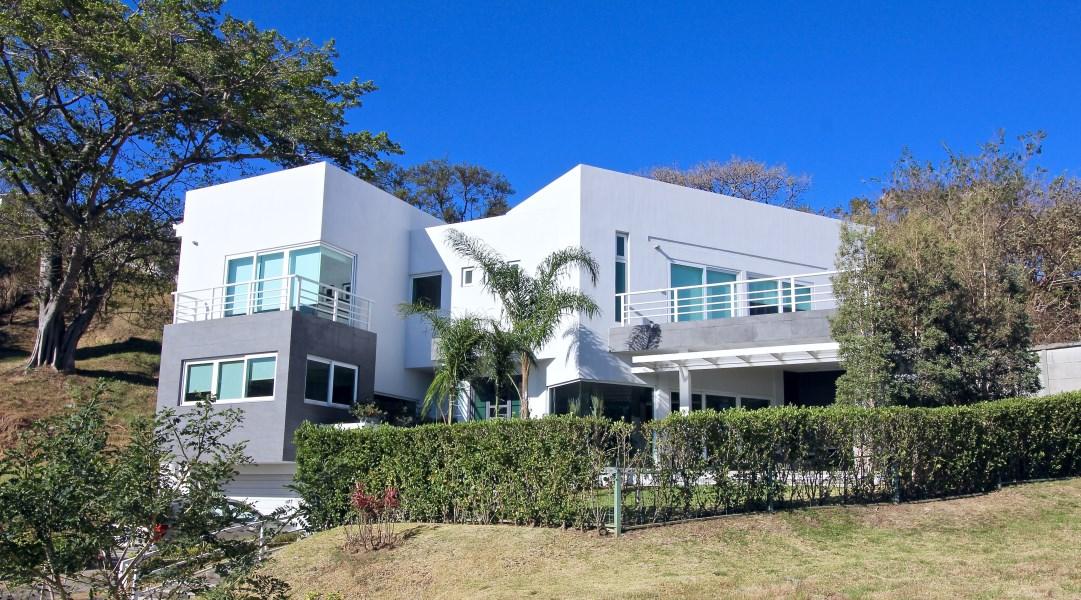 Remax real estate, Costa Rica, Escazú, Cerro Heights