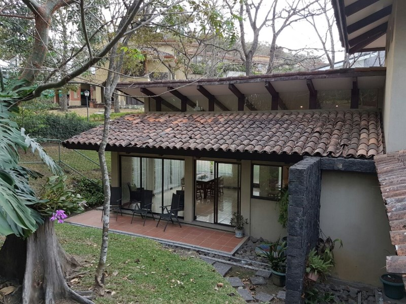 Remax real estate, Costa Rica, Escazú, Cozy, Private and Pretty ...