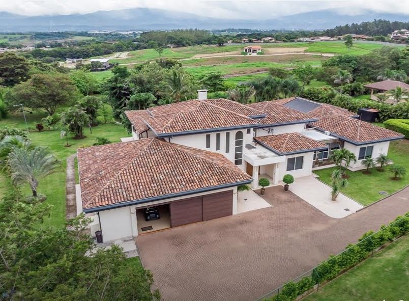 Remax real estate, Costa Rica, Alajuela - La Guácima, Residencia LOS REYES, Casa #1, 2nda Etapa