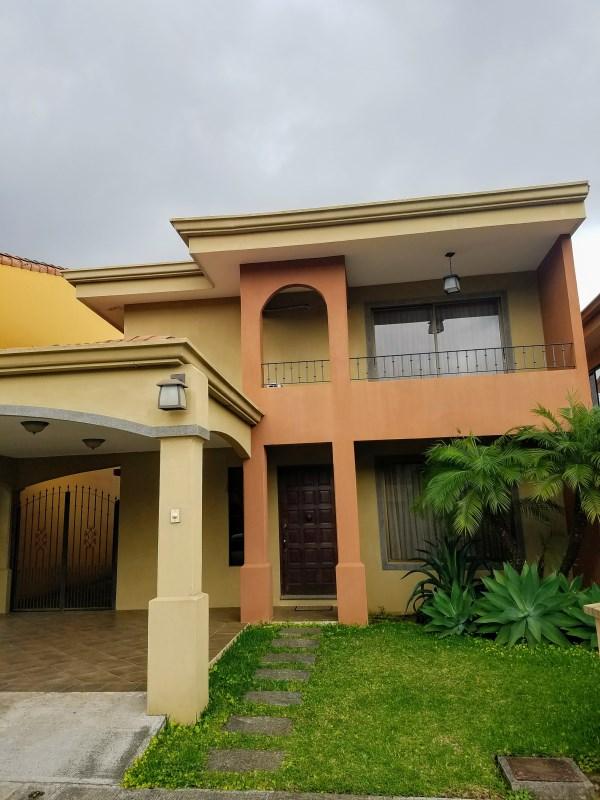 Remax real estate, Costa Rica, Heredia - San Francisco de Heredia, ¡AMAZING CONDOMINIUM FOR RENT IN CONVENIENT LOCATION! San Francisco HEREDIA