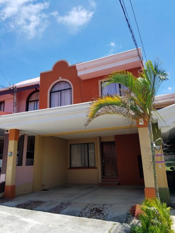 Remax real estate, Costa Rica, San Pablo-Ricón de Sabanilla, Comfortable and accessible Condo! Good location - San Pablo de HEREDIA