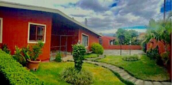 Remax real estate, Costa Rica, Escazú, A house to enjoy !