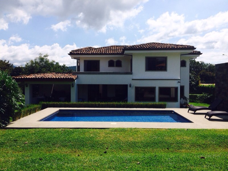 Remax real estate, Costa Rica, Alajuela - La Guácima, A dream house just for your family and you