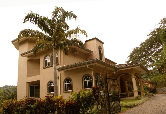 Remax real estate, Costa Rica, Santa Ana, A dream house just for you