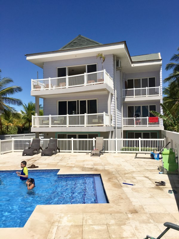 Remax real estate, Costa Rica, Puntarenas, In the sea life is tastier