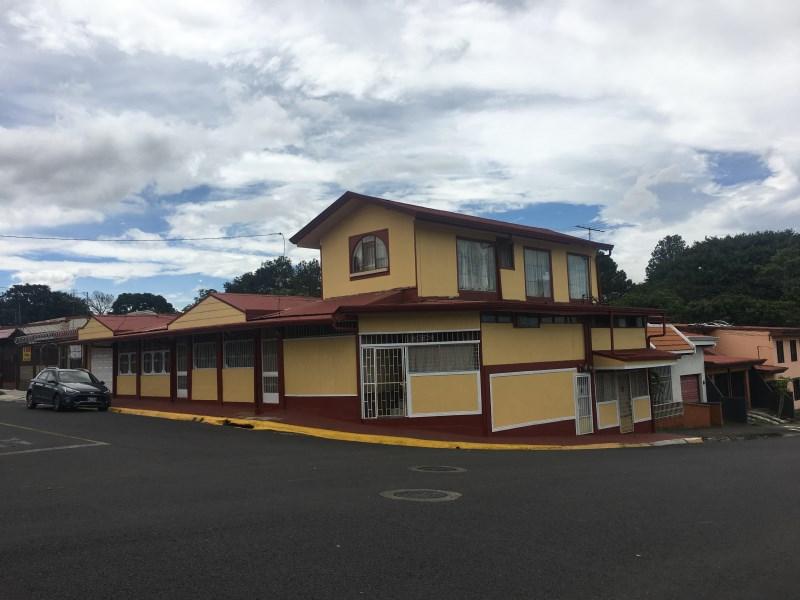 Remax real estate, Costa Rica, Alajuela, Esquina La Trinidad