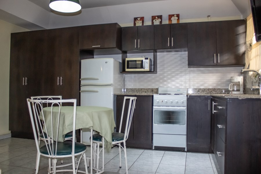 Remax real estate, Costa Rica, Alajuela, Fully equipped apartment FOR RENT, Residencial La Giralda, Alajuela