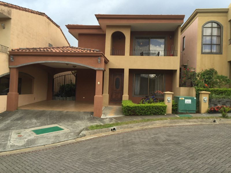 Remax real estate, Costa Rica, Heredia - San Francisco de Heredia, HEREDIA TOWNHOME IN SPECIAL GATED COMMUNITY
