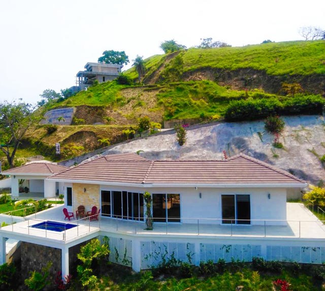 Remax real estate, Honduras, Roatan, Coral Views HomeEye Candy Views
