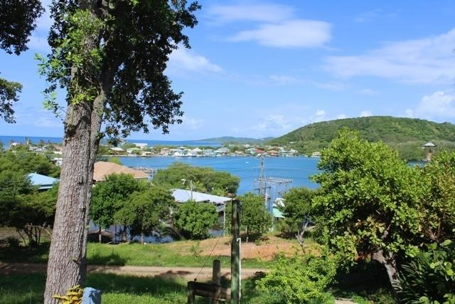 Remax real estate, Honduras, Roatan, Great Views  BreezesTranquilElevated Home Site