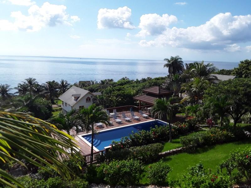 Remax real estate, Honduras, Roatan, Beautiful  3 Bed 2 Bath HomeTurtle Crossing 4