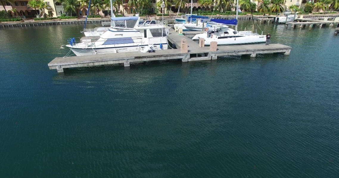 Remax real estate, Honduras, Roatan, Boat Slip B15Parrot Tree Marina