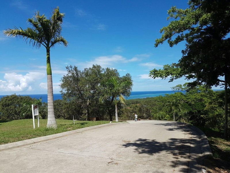 Remax real estate, Honduras, Roatan, Lawson RockLot 70