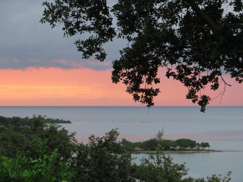 Remax real estate, Honduras, Utila, inMariposa ocean front property