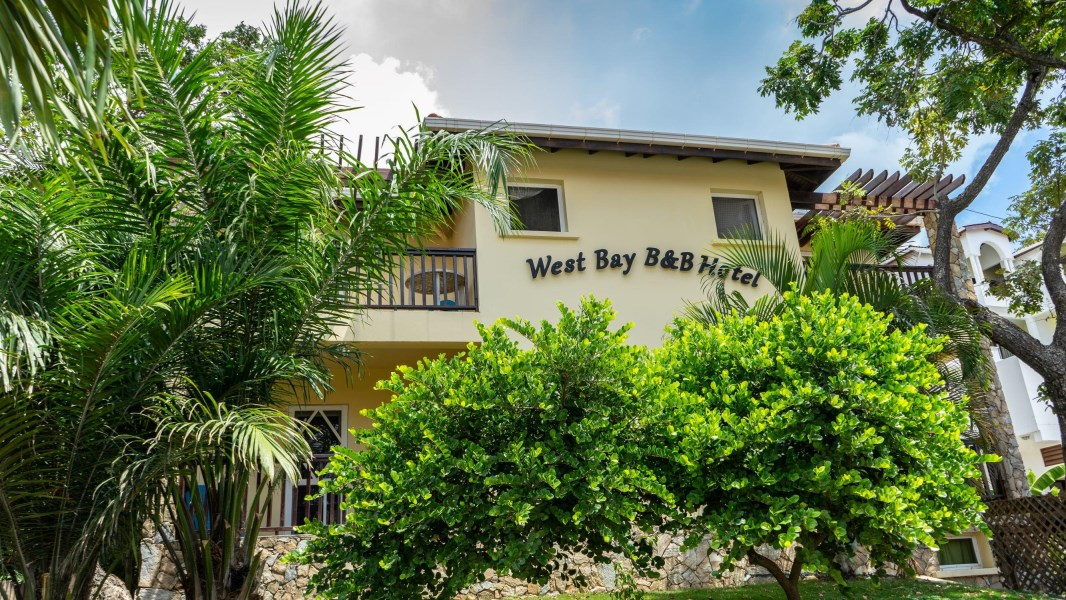 Remax real estate, Honduras, Roatan, An amazing opportunity inWest Bay BB