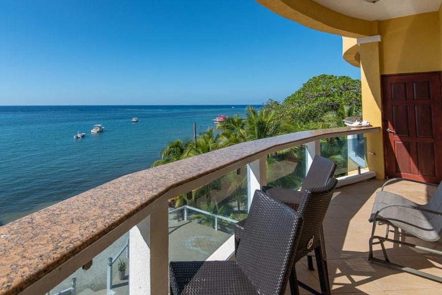 Remax real estate, Honduras, Roatan, West EndVilla Del Playa Penthouse 5