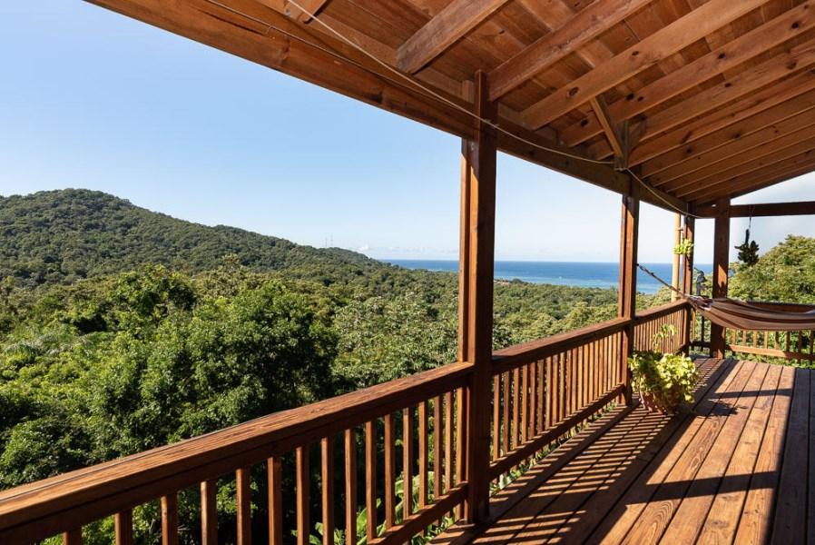Remax real estate, Honduras, Roatan, Wesley HeightsJungle Retreat with Ocean View