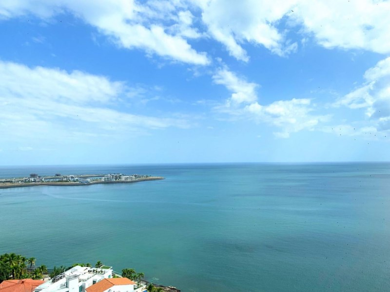 Remax real estate, Panama, Panamá - San Francisco, BEAUTIFUL APARTMENT FOR SALE OR RENT IN PH CRILLON, PUNTA PAITILLA