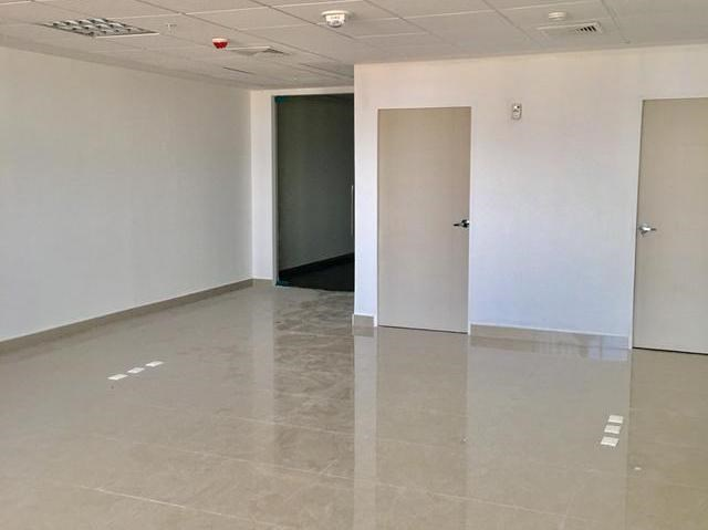 Remax real estate, Panama, Panamá - La Exposicion o Calidonia, OFFICE FOR SALE IN BALBOA OFFICE CENTER