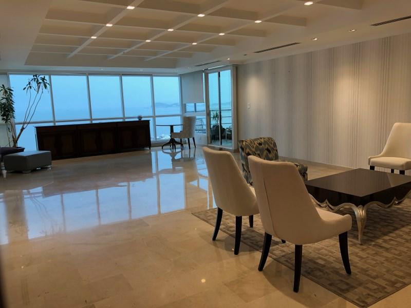 Remax real estate, Panama, Panamá - Avenida Balboa, PH MIRAMAR