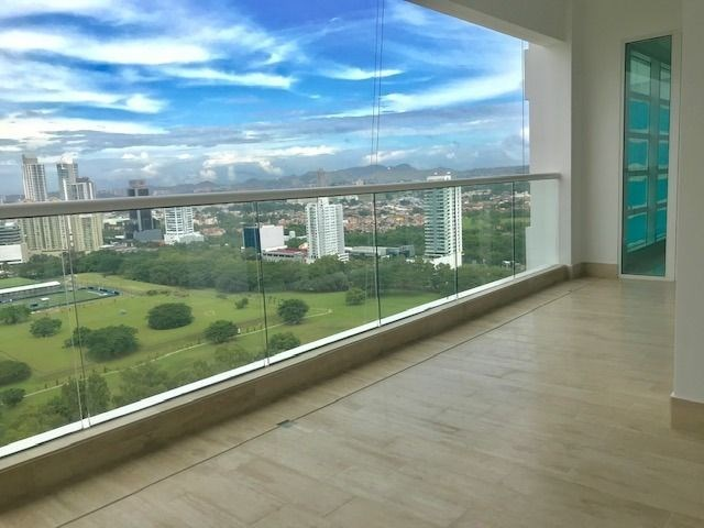 Remax real estate, Panama, Panamá - Costa del Este, Brand new apartment in Costa del Este - P.H. Aria