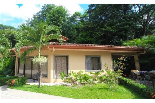 Remax real estate, Costa Rica, Nosara, Price Reduced on Family Home Gated Community