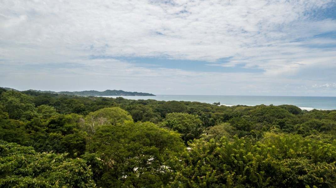 Remax real estate, Costa Rica, Nosara, Only Ocean View Lot in North Guiones