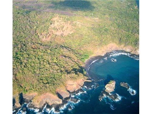 Remax real estate, Costa Rica, Nosara, La India -Spectacular Finca with Cove Beach Access