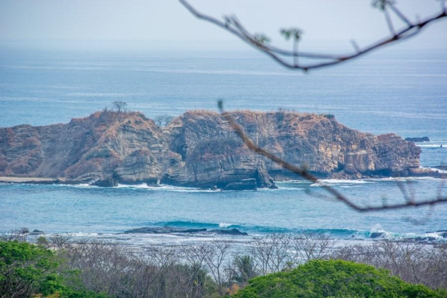 Remax real estate, Costa Rica, Nosara, Elevated ¼ Acre View Lot Near Lagarta Lodge - SOLD