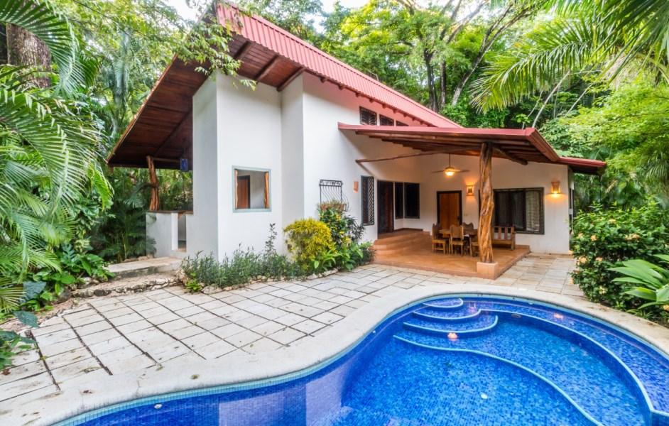 Remax real estate, Costa Rica, Nosara, Casa Los Pericos-Great Location, Walk to Beach - SOLD