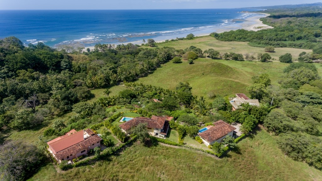 Remax real estate, Costa Rica, Nosara, South Guiones Compound Style Properties - Close to Beach with Views