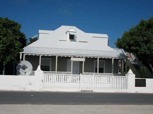 RE/MAX real estate, Turks and Caicos, Back Salina, Sunny Side Home Grand Turk