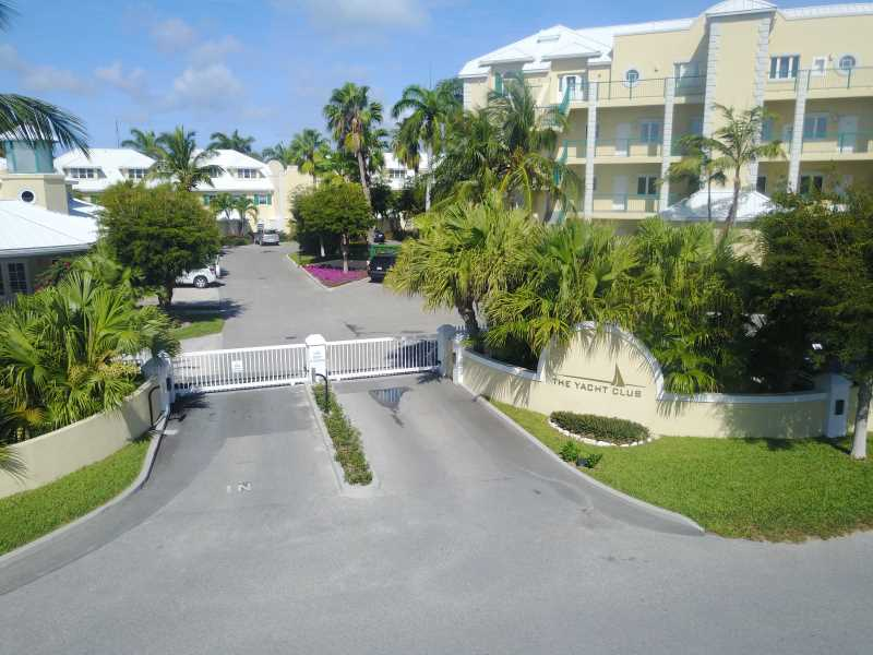 RE/MAX real estate, Turks and Caicos, Bight, Yacht Club One Bedroom Condo