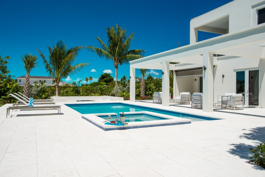 RE/MAX real estate, Turks and Caicos, Leeward, Turquoise Villa