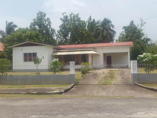 RE/MAX real estate, Jamaica, Santa Cruz, Lovely 4 bedroom 2 bathroom property for sale mls#24670