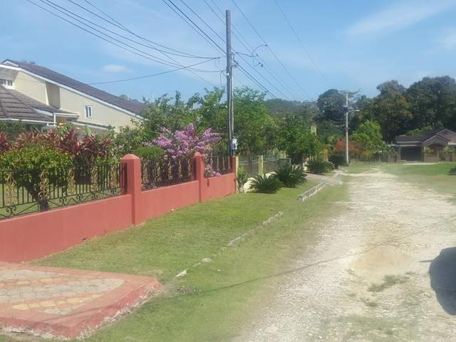 RE/MAX real estate, Jamaica, Acton, CAMBLETON GARDENS	MLS# 28844