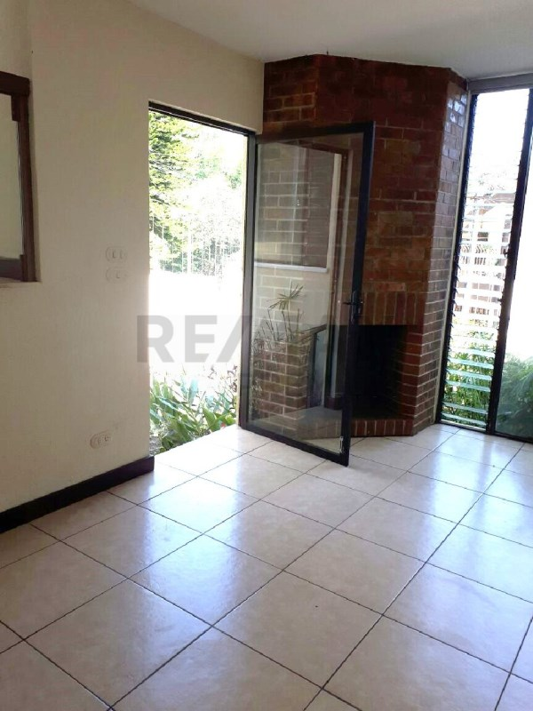Remax real estate, Guatemala, Guatemala City, ALQUILO CASA EN CONDOMINIO EN ZONA 10